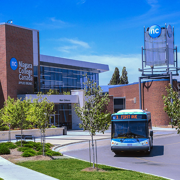 A bus infront of the Welland Campus